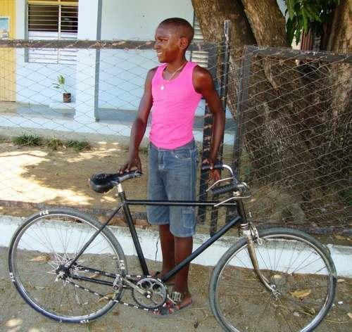 Niño de Santiago de CUBA